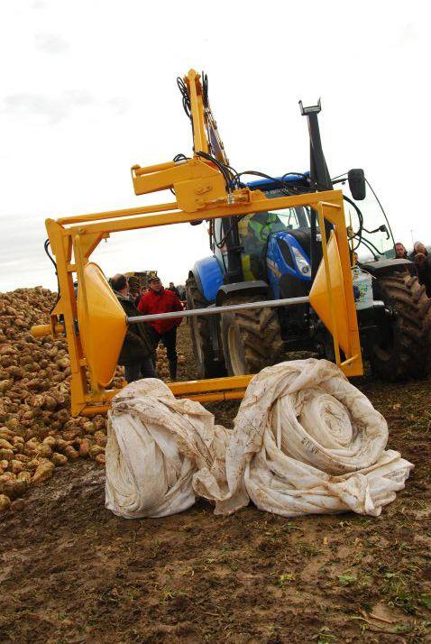 À l'occasion de ses journées Mont Blanc d'automne, Saint Louis Sucre a présenté un prototype pour les opérations de débâchage