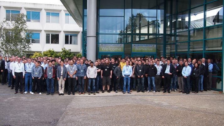 Prêt de 250 personnes étaient présents au PlugFests à Senlis.