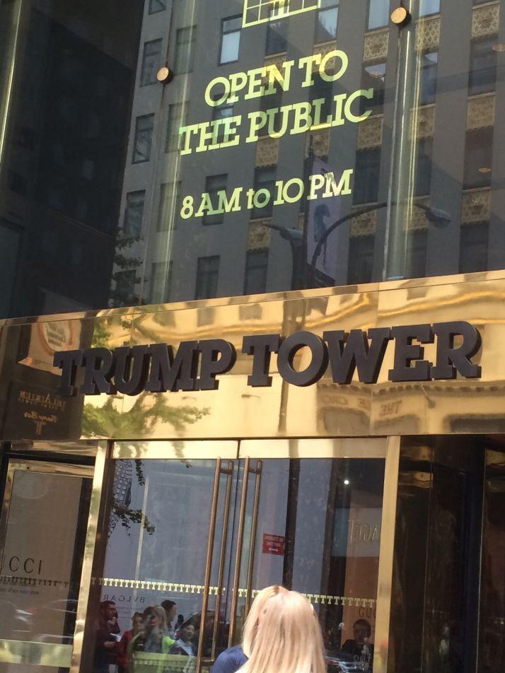 Crédit H.Sauvage. Jamais élu, Donald Trump a construit son empire dans l'immobilier. A New York, il a des tours à son nom...