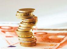 Après les exploitants, ce pourrait bien être au tour de leurs conjoints de voir leur pension de retraite revalorisée.