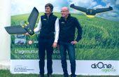 De gauche à droite : Amaury Desombre et Stéphane Maladry, deux des trois associés de Drone Agricole