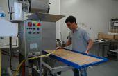 François Cornuault a intégré l'EARL du Point du Jour à Jarzé (Mainet-et-Loire) depuis un an pour lancé la production de pâtes bio sur l'exploitation. Crédit Photo O.Lévêque/Pixel Image
