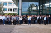 Prêt de 250 participants venant de 82 entreprises et organisations du monde entier ont profité du PlugFest européen. Photo: Sulky